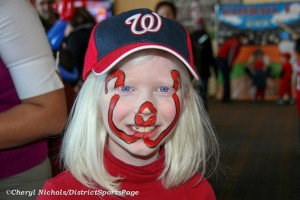 Nationals fan at 2010 NatsFest (Cheryl Nichols/District Sports Page)