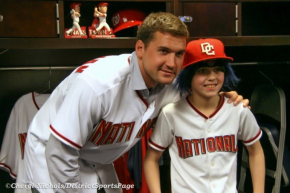 Ryan Zimmerman and fan at 2010 NatsFest (Cheryl Nichols/District Sports Page)