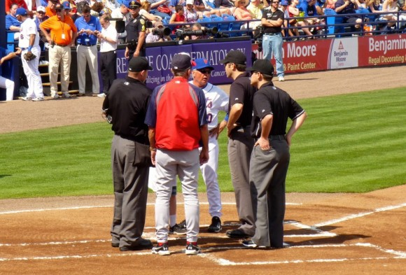 The first meeting at home plate of the season. (photo courtesy L. Albisu)