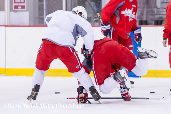 Face Off Washington Capitals Practice, 10/07/2014 (Photo by Cheryl Nichols/District Sports Page)