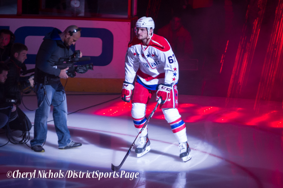 Chris Brown - Caps introductions before Washington Capitals home opener against Montreal featuring 40th Anniversary cermony, 10/09/2014 (Photo by Cheryl Nichols/District Sports Page)